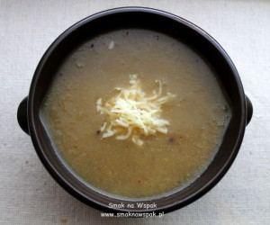 Wyciskacz łez, czyli cebulowa zupa krem