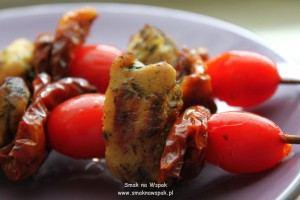 Szaszłyki tymiankowe z pomidorami