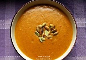 Rozgrzewająca zupa dyniowa z curry.