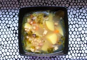 Zupa fasolowa.