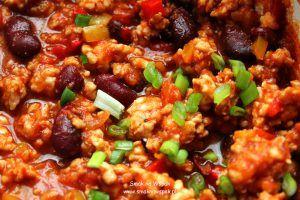 Dietetyczne chili z kurczaka.